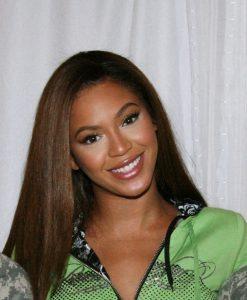 Beyoncé_Army.mil_cropped