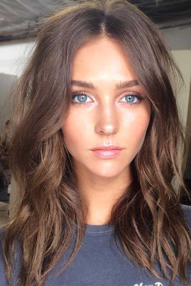 brunette-hair-ideas-wavy-messy-medium-length-brown