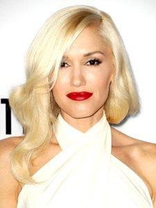 fair-skin-platinum-blonde-hair-gwen-stefani